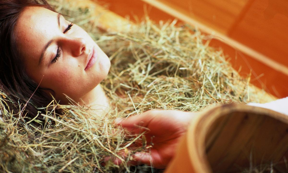 Hay bath at Chalet Resort Zu Kirchwies